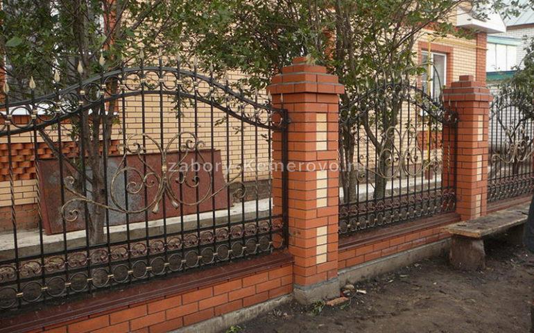 строительство заборов с ковкой в Кемерово